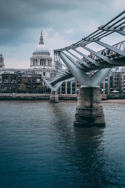 Ponte da catedral de são paulo Foto gratuita
