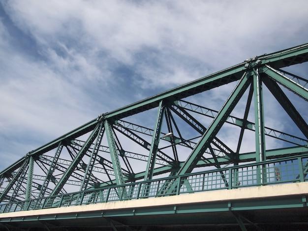 Ponte de aço (ponte industrial da estrada de anel), banguecoque, tailândia Foto Premium