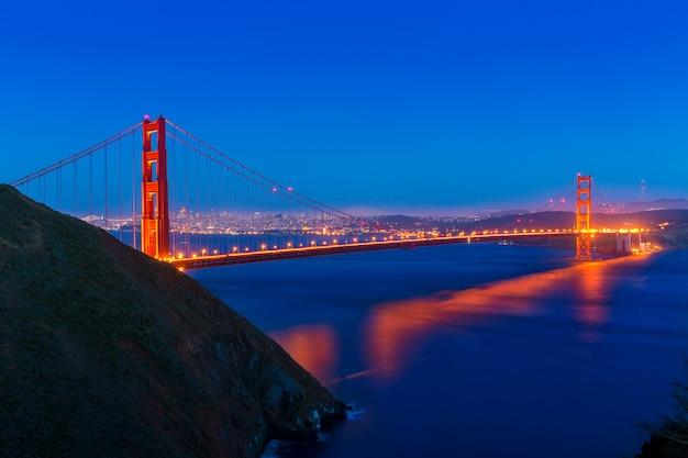 Ponte dourada portão, são francisco, pôr do sol, califórnia Foto Premium