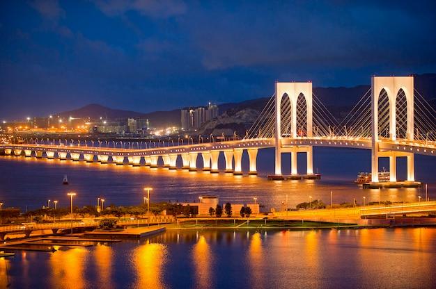 Ponte sai van em macau Foto Premium