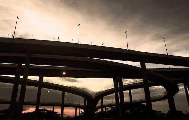 Pontes rodoviárias Foto gratuita