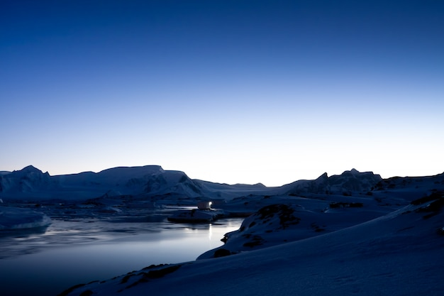 Pôr do sol antártico Foto Premium