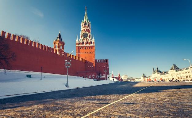 Praça vermelha no inverno Foto Premium