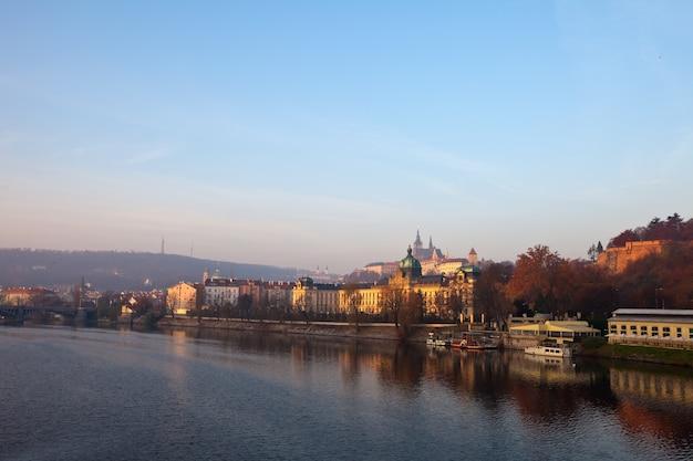 Praga de vltava. república checa Foto gratuita