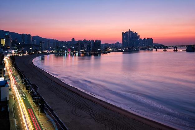 Praia de gwangalli em busan, coréia do sul Foto Premium
