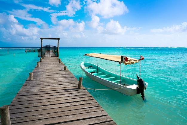 Praia do caribe mahahual na costa maya Foto Premium