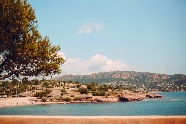 Praia na riviera francesa Foto Premium