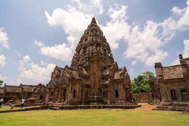 Prasat hin phanom tocou na província de buri ram tailândia Foto Premium