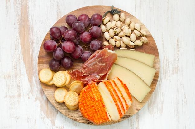 Prato de queijos Foto Premium