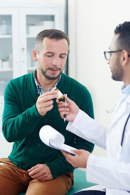 Prescrever medicamentos Foto gratuita