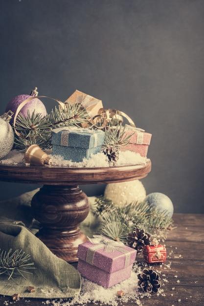 Presentes de natal e decoração Foto Premium