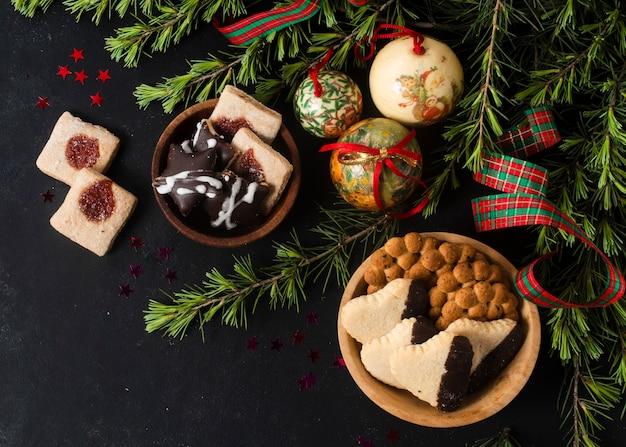 Presentes de natal plana leigos Foto gratuita