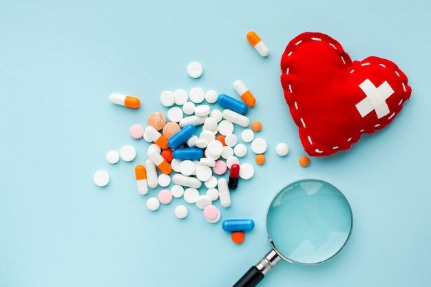 Procurando o melhor tratamento e coração Foto gratuita