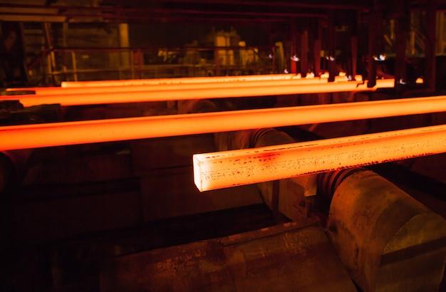 Produção de aço e metal Foto Premium
