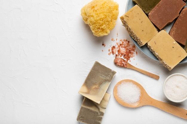 Produtos cosméticos para higiene pessoal Foto gratuita