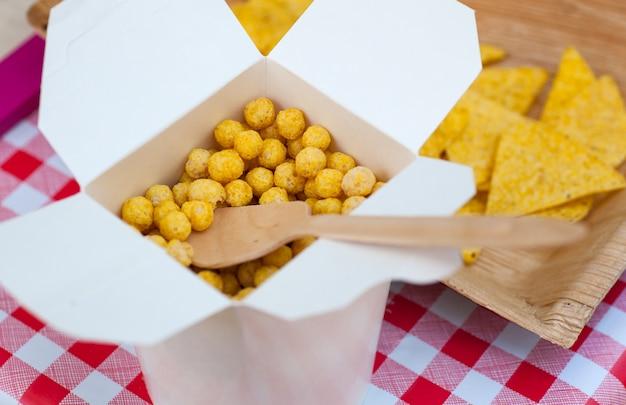 Puff bolas de queijo Foto Premium