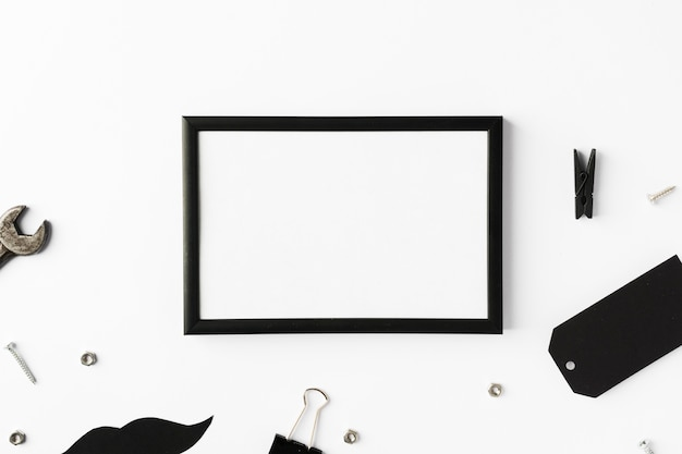Quadro com objetos de pais na mesa Foto gratuita