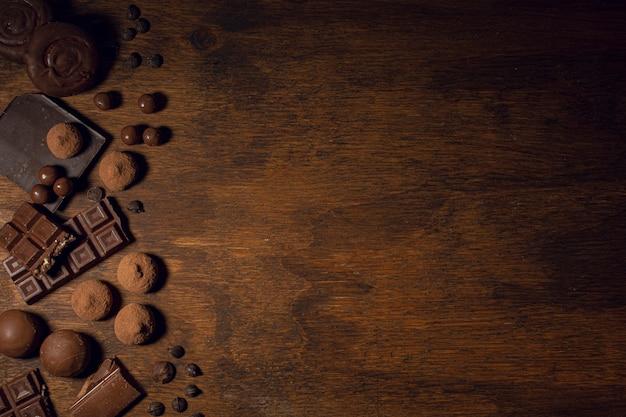 Quadro de chocolate de energia com espaço de cópia Foto gratuita