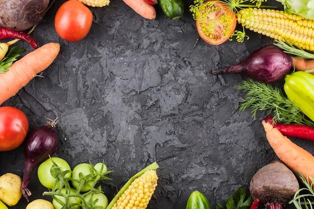 Quadro de frutas vista superior com espaço de cópia Foto gratuita
