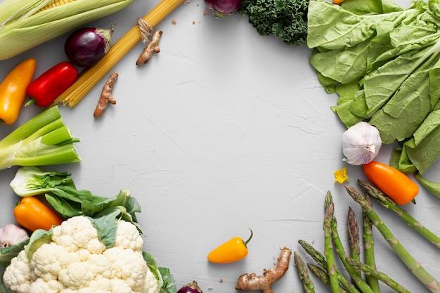 Quadro de visão superior do mix de vegetais Foto gratuita