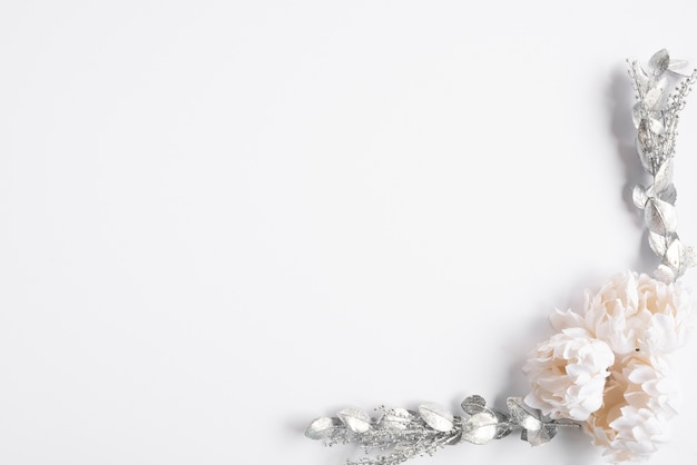 Quadro floral de casamento vista superior Foto gratuita