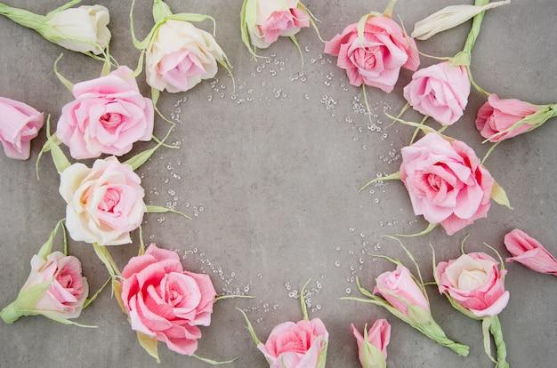 Quadro floral em fundo de cimento Foto gratuita