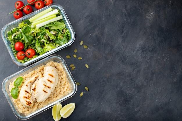 Recipientes de preparação de refeição saudável. Foto Premium