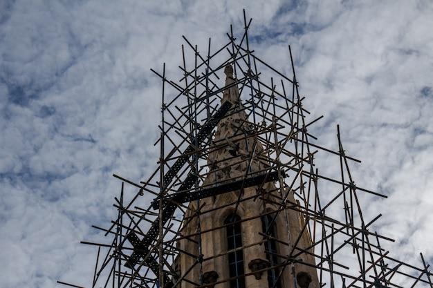 Reconstrução da igreja Foto gratuita