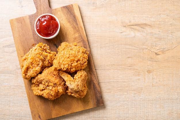 Refeição de frango frito Foto Premium