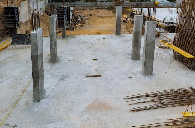 Reforço do quadro de reforço para casa de estrutura de concreto Foto Premium