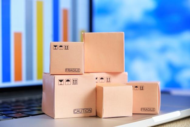 Relatório de atividades de entrega de carga Foto Premium
