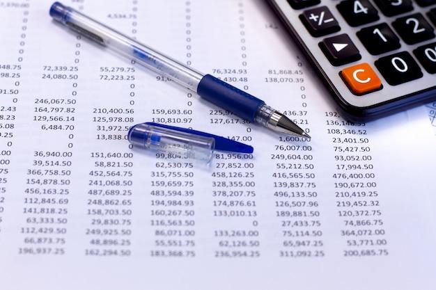 Relatório de documentos financeiros contábeis Foto Premium