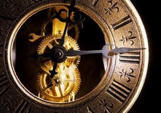 Relógio close-up antigo Foto gratuita