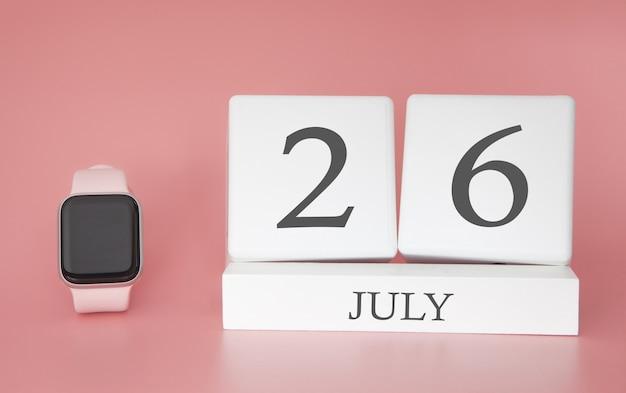 Relógio moderno com calendário de cubo e data 26 de julho na parede rosa. conceito de férias de verão. Foto Premium
