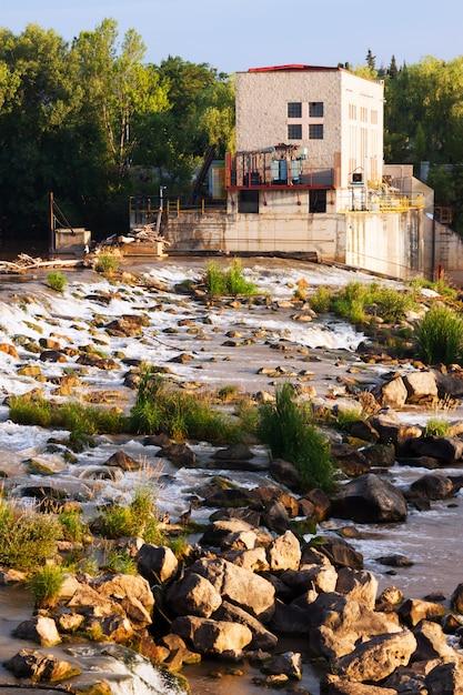 Represa no rio ebro em logrono. la rioja Foto gratuita