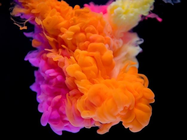 Resumo da nuvem laranja e rosa Foto gratuita