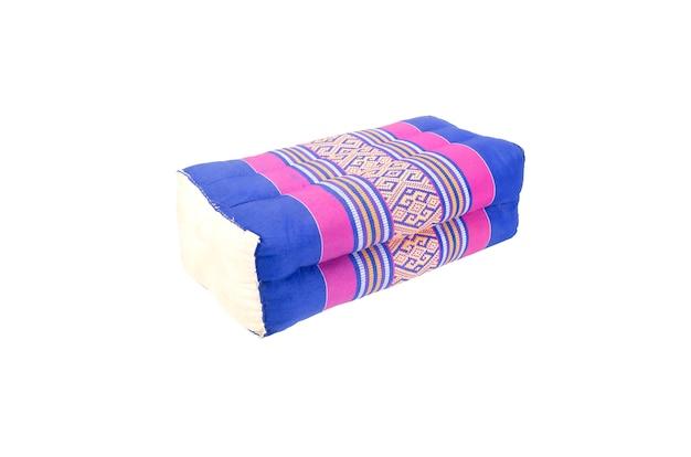 Retângulo travesseiro estilo tailandês com traçado de recorte Foto Premium