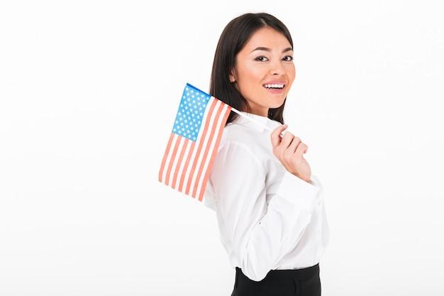 Retrato de corpo inteiro de uma empresária asiática alegre Foto gratuita
