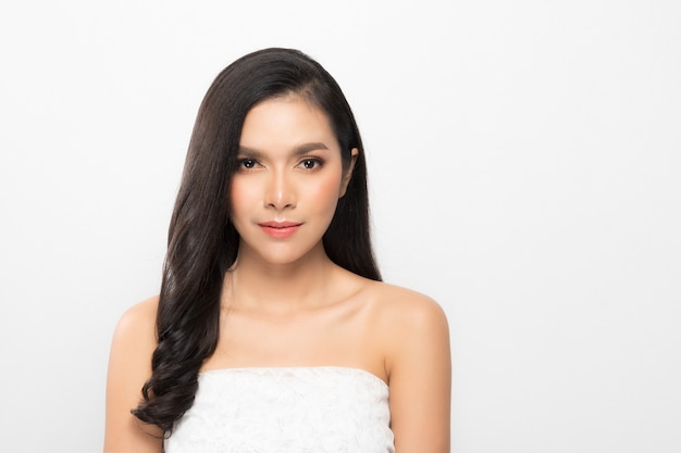 Retrato de mulher bonita Foto Premium