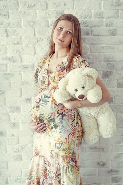 Retrato de mulher grávida Foto Premium