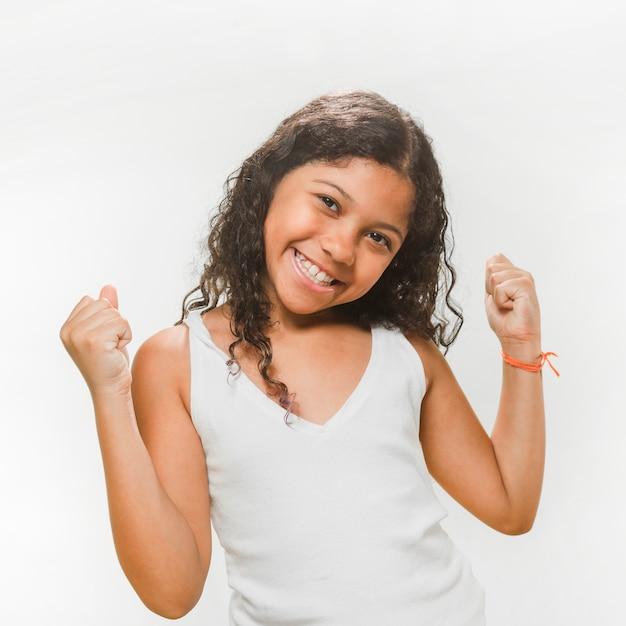 Retrato, de, um, feliz, excitado, menina Foto gratuita