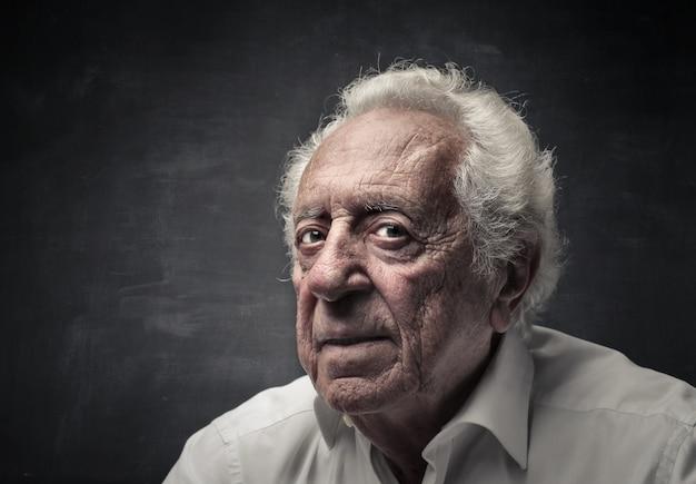 Retrato, de, um, homem velho Foto Premium