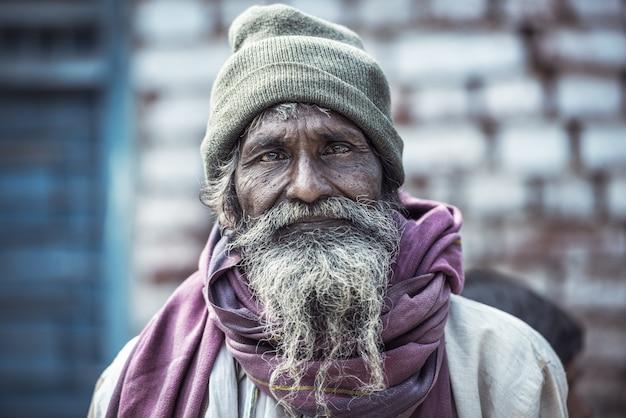Retrato, de, um, indianas, homem velho Foto Premium