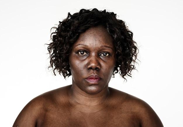 Retrato, de, um, mulher ugandense Foto gratuita