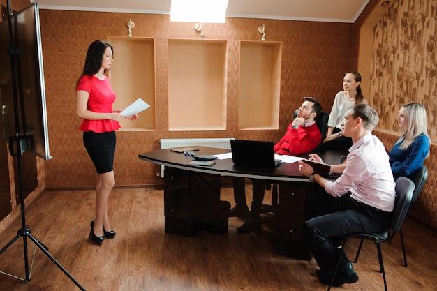 Reunião de pessoas de negócios Foto Premium