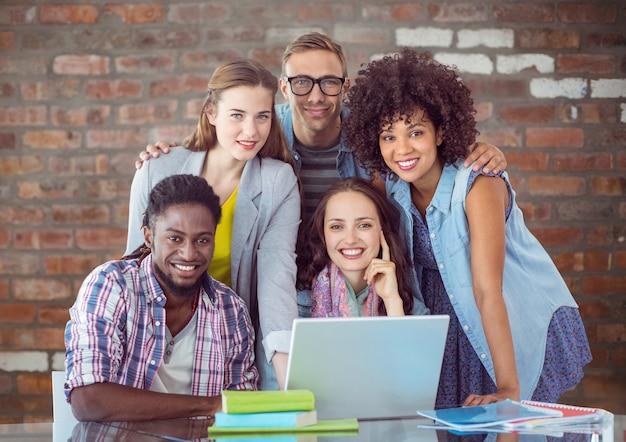 Reunião telefone faculdade parede lição móvel Foto gratuita