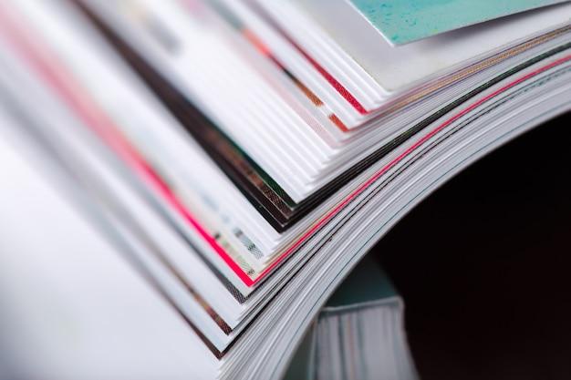 Revista de perto Foto Premium