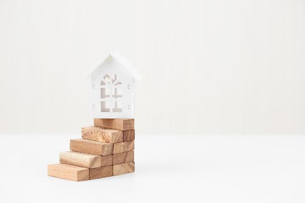 Risco de investimento e incerteza no mercado imobiliário. investimento imobiliário Foto Premium
