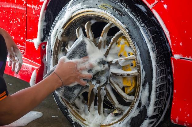 Roda da espuma da lavagem de carros Foto Premium
