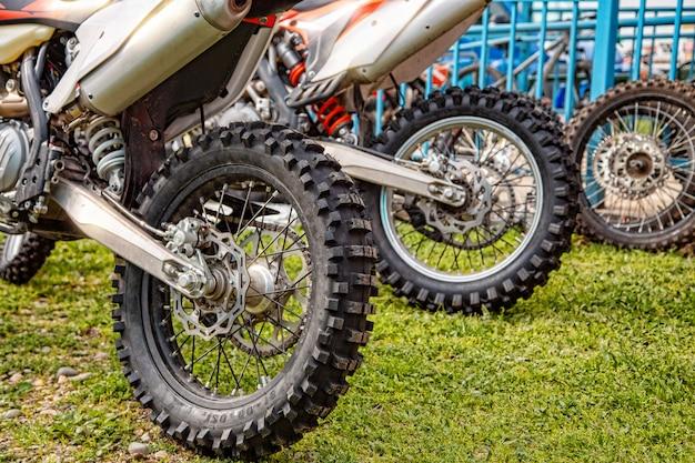 Roda da motocicleta close-up Foto Premium